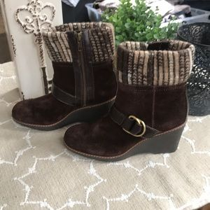 NWOT! Naturalizer Wedge Boots